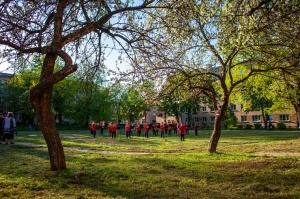 Rēzeknes pagalmos skan muzikāli pārsteigumi pilsētas iedzīvotājiem un viesiem 24