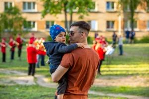 Rēzeknes pagalmos skan muzikāli pārsteigumi pilsētas iedzīvotājiem un viesiem 25
