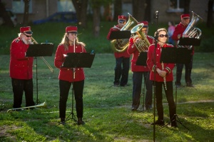 Rēzeknes pagalmos skan muzikāli pārsteigumi pilsētas iedzīvotājiem un viesiem 27