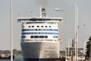 Greznais kuģis, kas parasti kursē maršrutā Helsinki – Stokholma, šovasar – jūlijā un augusta pirmajā pusē – apkalpos pagaidu maršrutu Helsinki–Rīga 4