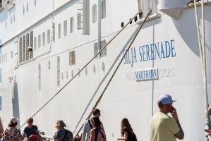 Greznais kuģis, kas parasti kursē maršrutā Helsinki – Stokholma, šovasar – jūlijā un augusta pirmajā pusē – apkalpos pagaidu maršrutu Helsinki–Rīga 5