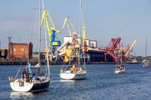 Ventspilī uz «Gulf of Riga Regatta 2020» buru parādi ierodas vairāk nekā 50 jahtas 25