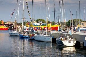 Ventspilī uz «Gulf of Riga Regatta 2020» buru parādi ierodas vairāk nekā 50 jahtas 53