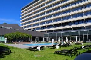 Jūrmalas viesnīca «SemaraH Hotel Lielupe» darbdienās piedāvā birojiem nomainīt darba vidi 12