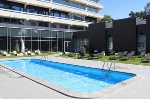 Jūrmalas viesnīca «SemaraH Hotel Lielupe» darbdienās piedāvā birojiem nomainīt darba vidi 14