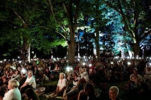 Tiguļkalnu Talsos piepilda skanīgs Raimonda Tigula brīvdabas koncerts 2
