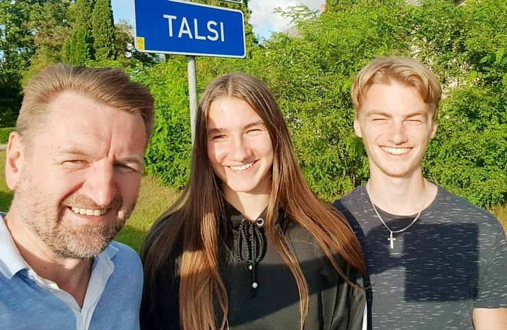 Travelnews.lv uzlādē «Audi e-tron Sportback» Talsos un izbauda pilsētas viesmīlību 289945