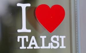 Travelnews.lv uzlādē «Audi e-tron Sportback» Talsos un izbauda pilsētas viesmīlību 32