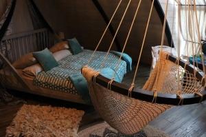 Māksliniecisks viesu nams kupolmāja «Ārpus laika» Salaspilī uzņem ceļotājus 8