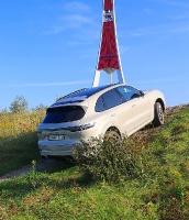 Travelnews.lv apceļo Rīgu ar jaudīgo un jauno «Porsche Cayenne GTS» 41
