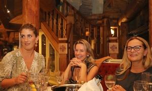 Lido atpūtas centra restorāns «Pie saimnieka» katru trešdienu rīko garšīgu tikšanos ar māksliniekiem 25