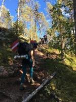 Kāpumi un kritumi itin bieži nomaina cits citu, kopā sporta pulkstenis uzrādīja vairāk nekā 2000 kāpuma metrus 13