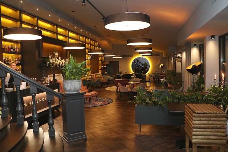 Rīgā atver jaunu augstas klases restorānu «White House» un Travelnews.lv to izgaršo 100 eiro vērtībā 292823