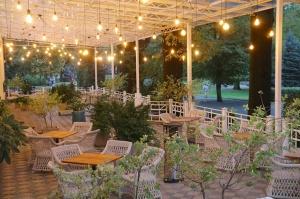 Rīgā atver jaunu augstas klases restorānu «White House» un Travelnews.lv to izgaršo 100 eiro vērtībā 4