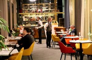 Rīgā atver jaunu augstas klases restorānu «White House» un Travelnews.lv to izgaršo 100 eiro vērtībā 7