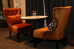 Rīgā atver jaunu augstas klases restorānu «White House» un Travelnews.lv to izgaršo 100 eiro vērtībā 13