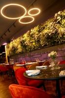 Rīgā atver jaunu augstas klases restorānu «White House» un Travelnews.lv to izgaršo 100 eiro vērtībā 15