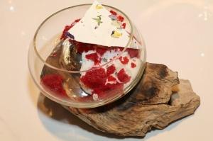 Rīgā atver jaunu augstas klases restorānu «White House» un Travelnews.lv to izgaršo 100 eiro vērtībā 48
