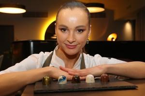 Rīgā atver jaunu augstas klases restorānu «White House» un Travelnews.lv to izgaršo 100 eiro vērtībā 66