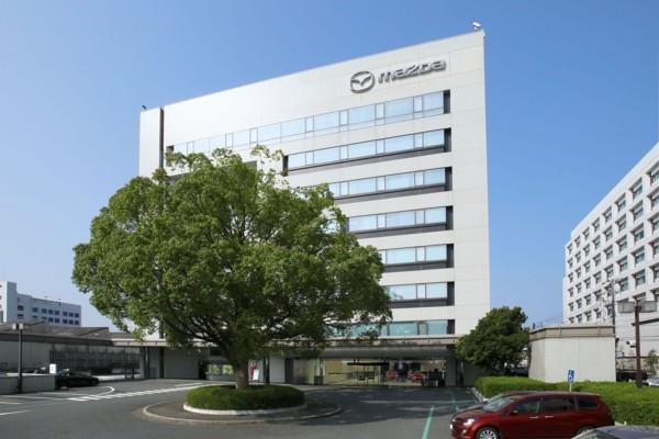 «Mazda» atgriezīsies kā elektr