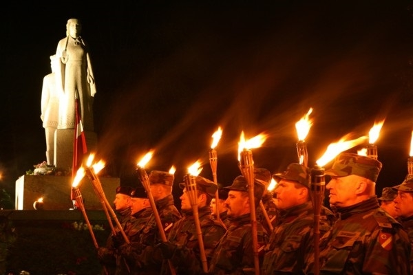 Dobelē aicina no svecēm veidot