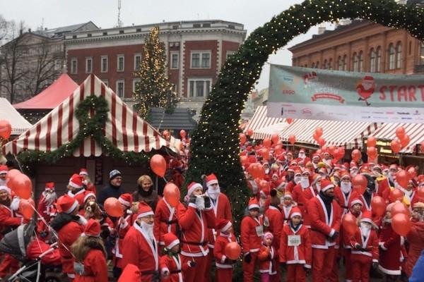 Rīgā cēla mērķa vārdā skries simtiem Ziemassvētku