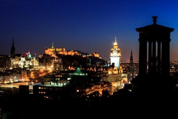 Edinburgā ievieš tūrisma nodok