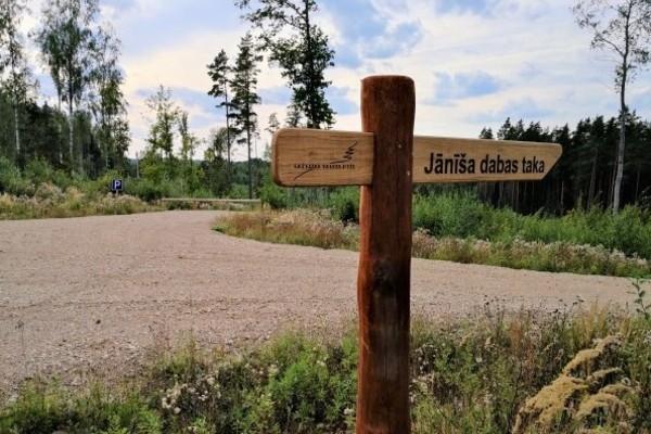 Ceļotājiem uz Jānīša dabas taku Tukuma novadā izve