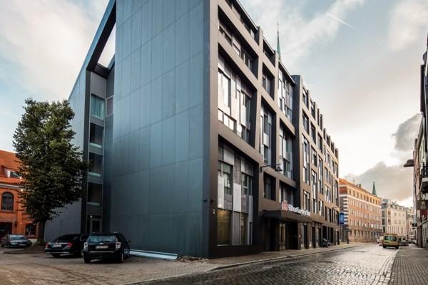 Rīgā atklāj pirmo «Hilton» zīmola tīkla viesnīcu L
