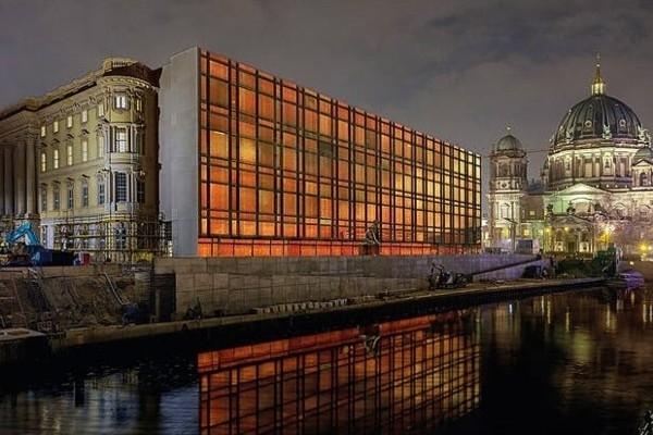 Berlīnē ar krāšņu programmu atzīmēs 30. gadadienu