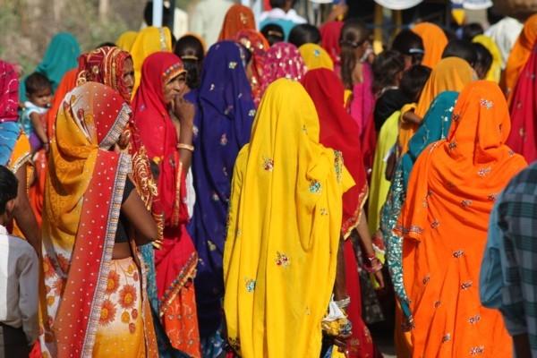 Noslēpumains ciemats Indijā, kur neviens aiz sevis