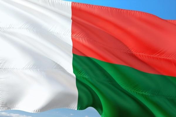 14. oktobris vēsturē: Tiek pieņemts Madagaskaras k