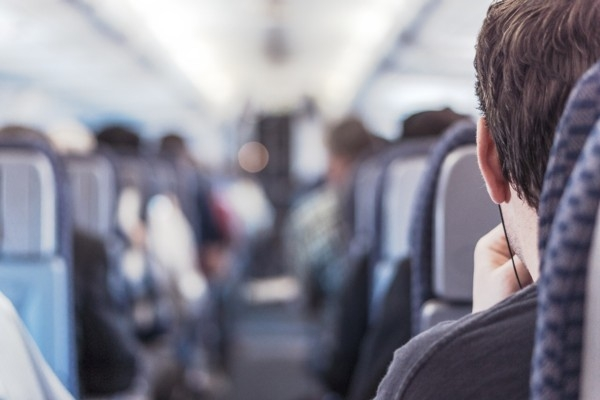Ko par ceļotāju stāsta lidmašīnas sēdvietas izvēle