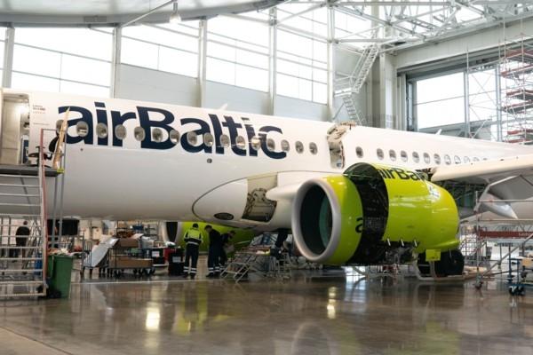 airBaltic veic pasaulē pirmo Airbus A220-300 C pār