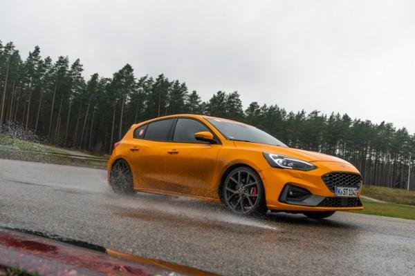 Jaunais «Ford Focus ST»  ir paplašinājis «karstā h