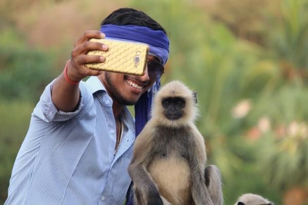 Kostarikā ceļotājus brīdina nefotografēties ar dzī
