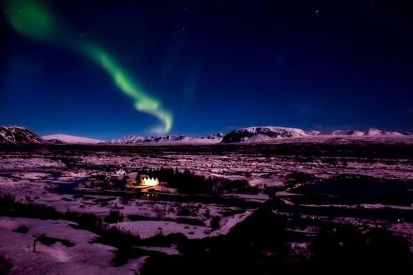 5 nakstmājas, kur var lēti baudīt ziemeļblāzmu