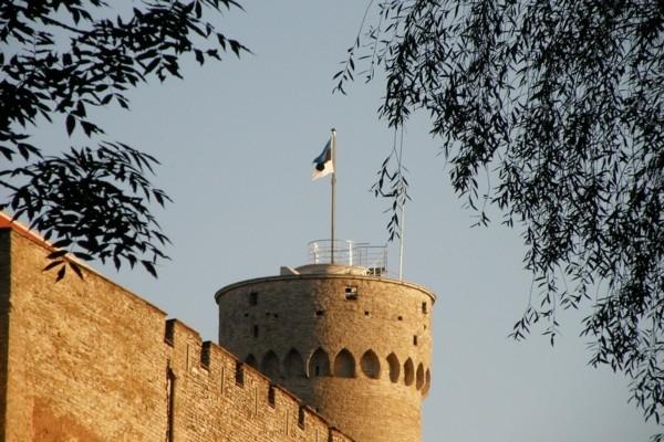 21. novembris vēsturē: Igaunijā tiek pieņemts šī b