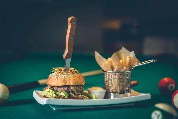 24 Liepājas restorānos un kafejnīcās var pasūtīt ē