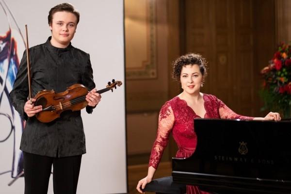 Brīvdienu mūzikas koncerts «Agnese Egliņa un Danii