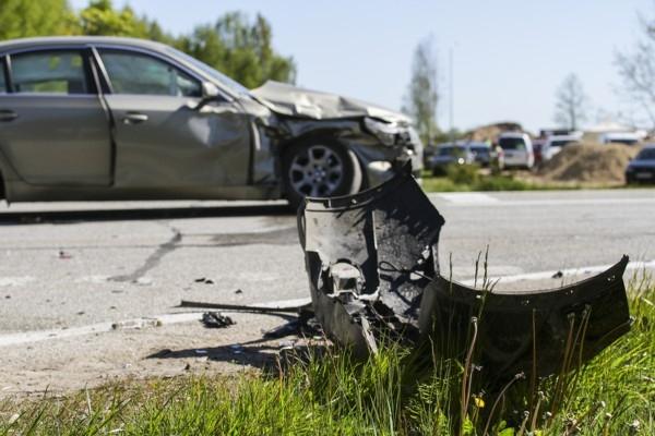 Aptauja: 80% Latvijas autovadītāju ceļu satiksmē r
