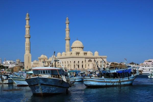 Ēģipte plāno sākt būvēt ātrvilcienu līniju